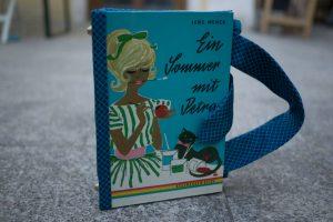 Ein Sommer mit Petra Tasche aus Buch Buchhandtasche