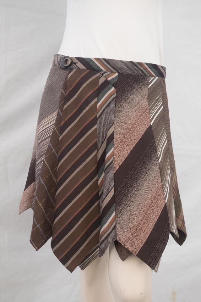 Krawattenrock braun gestreift Image