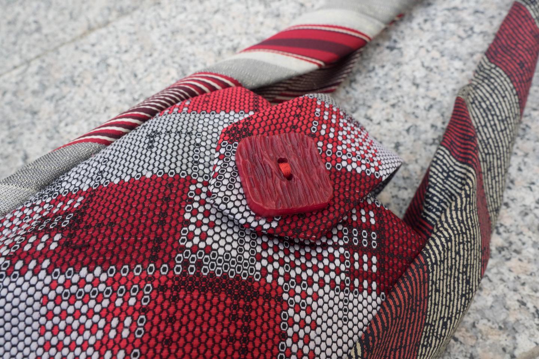 Krawattentäschchen rot Image