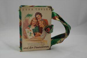 Veronika und ihre Freundinnen, Tasche aus Buch, Buchhandtasche