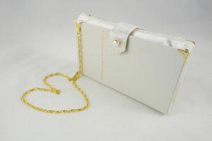 Hochzeitsclutch, Brauttasche aus einem weißen Buch