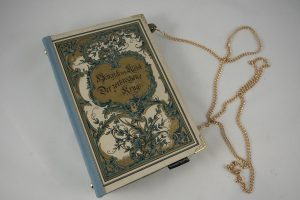 """Tasche aus dem Buch """"Der zerbrochene Krug"""" von Heinrich Kleist"""