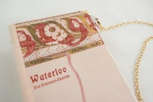 """Tasche, Clutch aus dem Buch """"Waterloo"""" in rosa"""