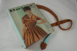 Große Tasche aus einem Beyer Mode Heft der 1960er Jahre