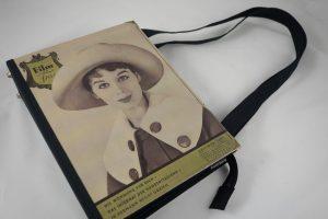 """Sehr große Tasche aus dem Magazin """"Film und Frau"""" der 1950er Jahre"""
