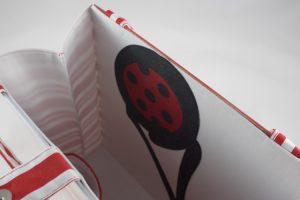 Auftragstasche von Buburuza Eis, Tasche aus einer Papiertragetasche, T-Shirt, Schürze und eigene Buttons