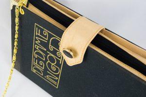 """Clutch aus dem Buch """"Die Dame in Gold"""""""