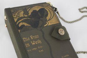 """Tasche, Clutch aus einem Jugendstilbuch """"Die Frau in Weiß"""""""