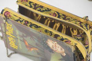 Tasche aus einem Harry Potter Buch mit Innentäschchen