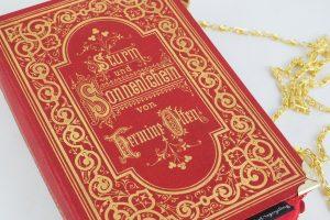 """Clutch aus dem Buch """"Sturm und Sonnenschein"""" in rot"""