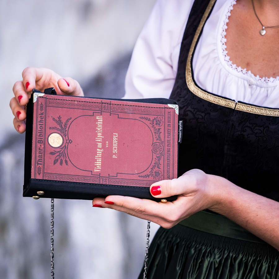 Individuelle Tasche aus einem Buch Viehhaltung und Alpwirtschaft
